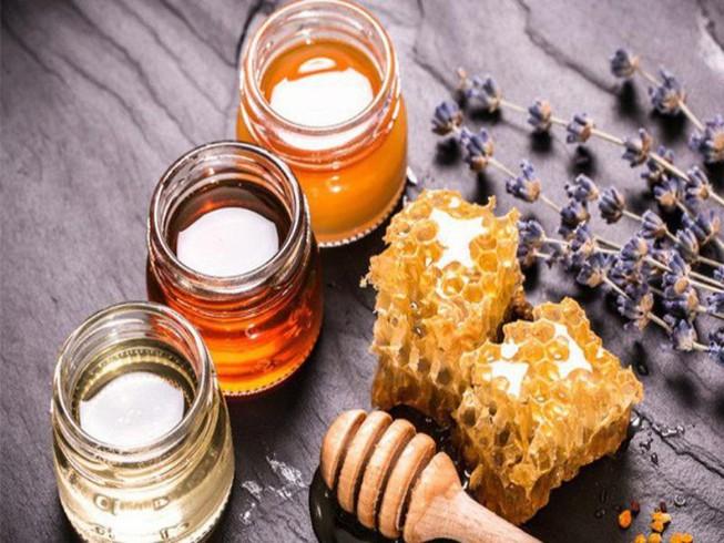 mật ong chữa bệnh vẩy nến